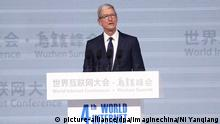 China Wuzhen Summit Apple CEO Tim Cook bei Internet-Konferenz