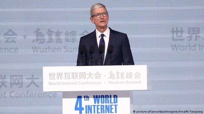 China Wuzhen Summit Apple CEO Tim Cook bei Internet-Konferenz