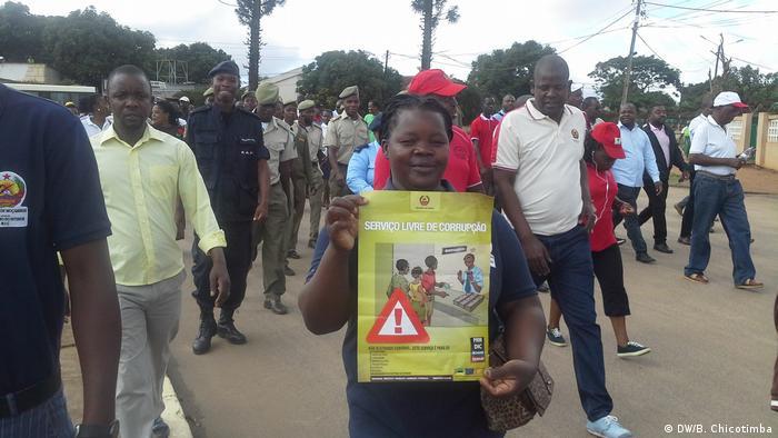Mosambik Protest gegen Korruption in Manica