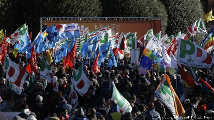 Rally in Comon, northern Italy against fascism