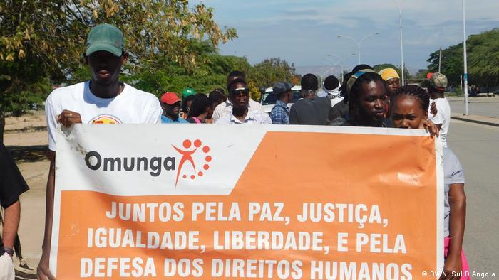 Marcha pelos direitos humanos organizada pela Omunga em Benguela