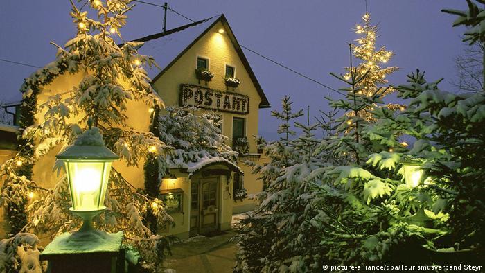 Österreich - 4411 Chritkindl: Hochbetrieb im berühmtesten Postamt der Welt (picture-alliance/dpa/Tourismusverband Steyr)