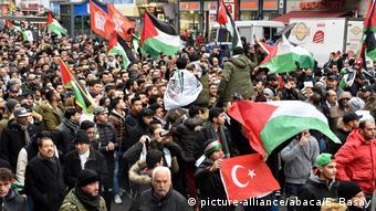Διαμαρτυρία στο Βερολινο για την απόφαση των ΗΠΑ να αναγνωρίσουν την Ιερουσαλήμ ως πρωτεύουσα του Ισραήλ (Δεκέμβριος 2