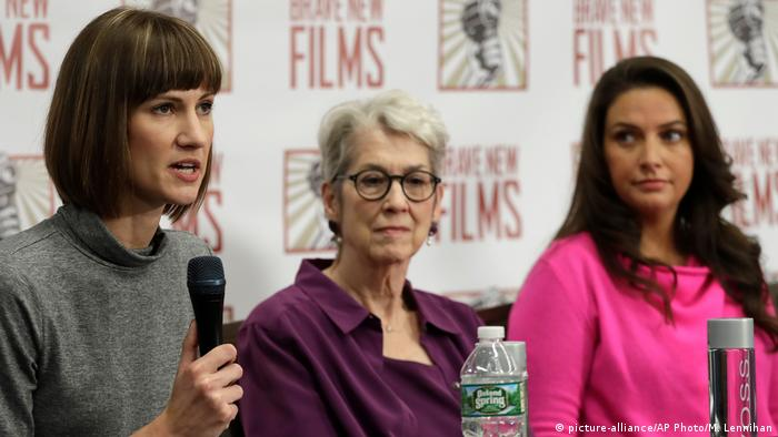USA Rachel Crooks, Jessica Leeds und Samantha Holvey in New York (picture-alliance/AP Photo/M. Lennihan)