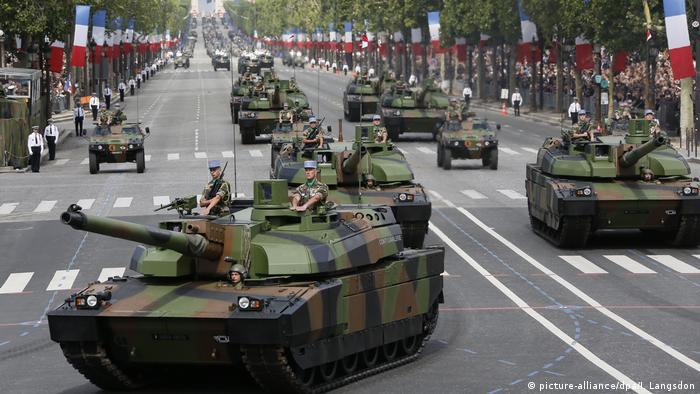 Französischer Kampfpanzer Leclerc (picture-alliance/dpa/I. Langsdon)