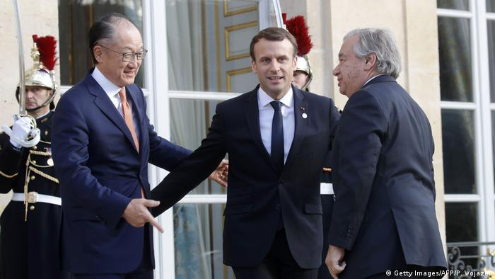 Frankreich One Planet Summit in Paris Macron mit Kim und Guterres (Getty Images/AFP/P. Wojazer)