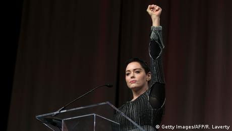 Rose McGowan with raised fist (Getty Images/AFP/R. Laverty)