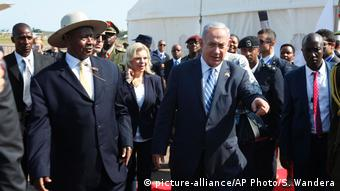 Benjamin Netanyahu with Ugandan President Yoweri Museveni during a 2016 visit to Africa