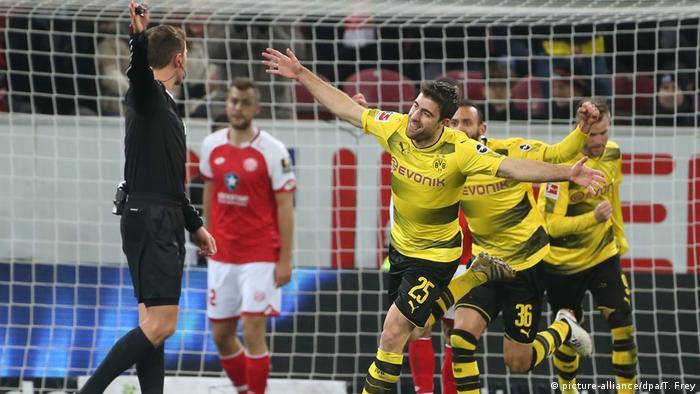 Bundesliga FSV Mainz 05 - Borussia Dortmund Sokrates (picture-alliance/dpa/T. Frey)