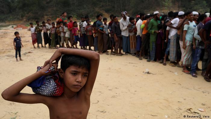 Bangladesch Rohingya Flüchtlinge (Reuters/S. Vera)