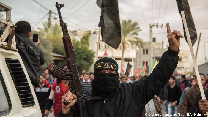 Палестинці продовжують насильницькі акції протесту у Секторі Гази