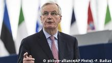 EU Brexit Michel Barnier Rede vor dem Europaparlament (picture-alliance/AP Photo/J.-F. Badias)