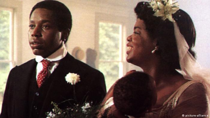 Oprah Winfrey in The Color Purple by Steven Spielberg (picture-alliance)