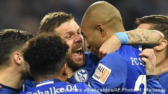 Fußball Bundesliga 16. Spieltag: FC Schalke 04 - FC Augsburg
