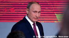 Russland Moskau Präsident Putin vor PK
