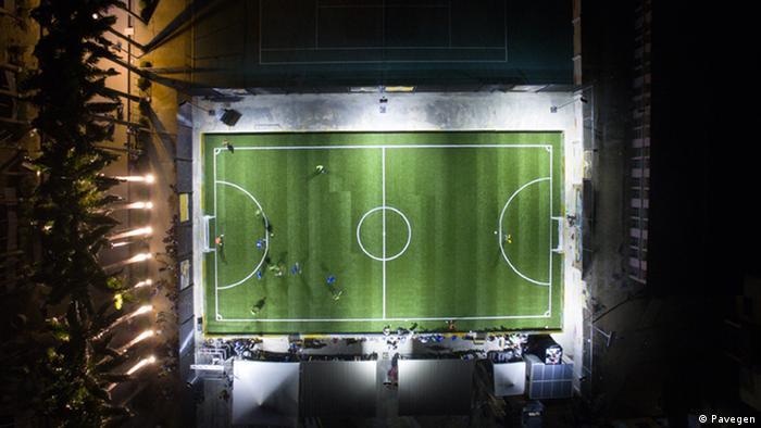 Nigerianisches Fußballfeld Kinetische Energie (Pavegen)