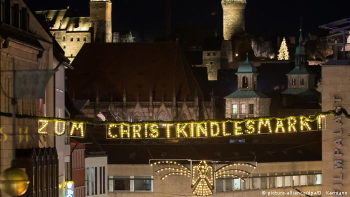 BdT Nürnberger Christkindlesmarkt (picture-alliance/dpa/D. Karmann)