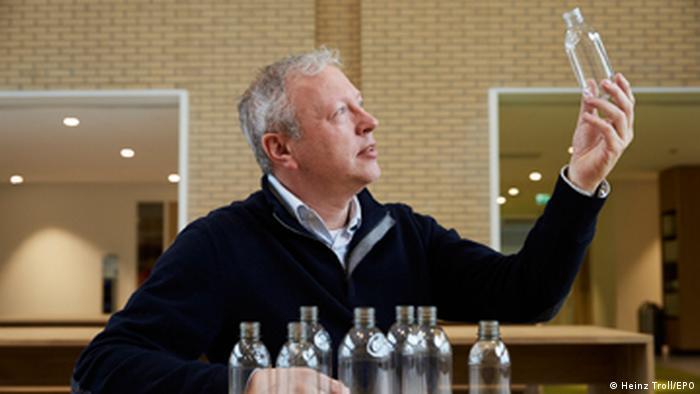 Plastik-Flaschen aus Pflanzen (Heinz Troll/EPO)