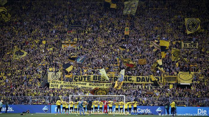 1. Bundesliga | Borussia Dortmund - TSG 1899 Hoffenheim - Südkurve