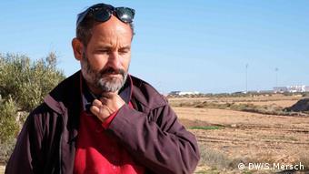 Zarzis Tunesien Chemseddine Marzoug vom Roten Halbmond Migrantenfriedhof