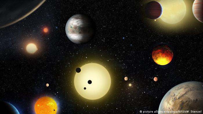 Artistic impression of solar system (picture alliance/dpa/epa/NASA/W. Stenzel)