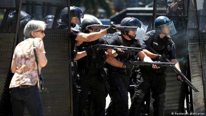 Argentinien Proteste gegen Rentenreform in Buenos Aires (Reuters/A. Marcarian)