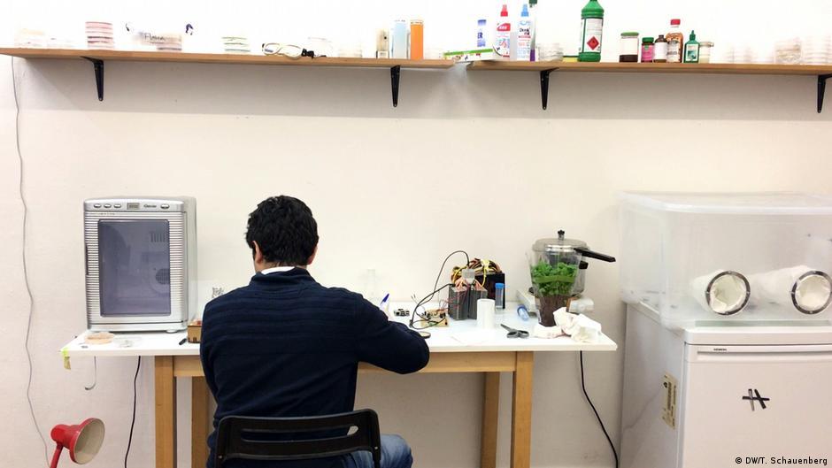 Biohacking - genetic engineering from your garage