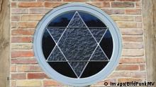 The Star of David at a synagogue in Germany (Imago/BildFunkMV)