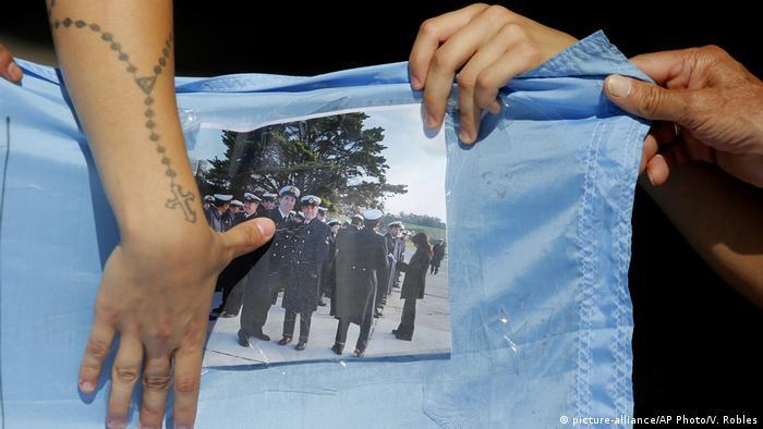 Argentinien - Versunkenes U-Boot (picture-alliance/AP Photo/V. Robles)