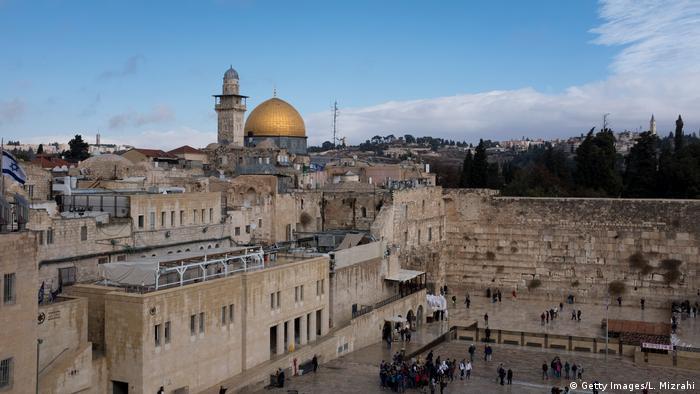 Jerusalem Blilck auf Klagemauer und Felsendom