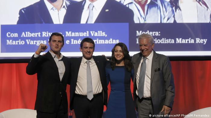 Albert Rivera, Manuel Valls, Ines Arrimadas, Mario Vargas Llosa (picture-alliance/AP Photo/M.Fernandez)