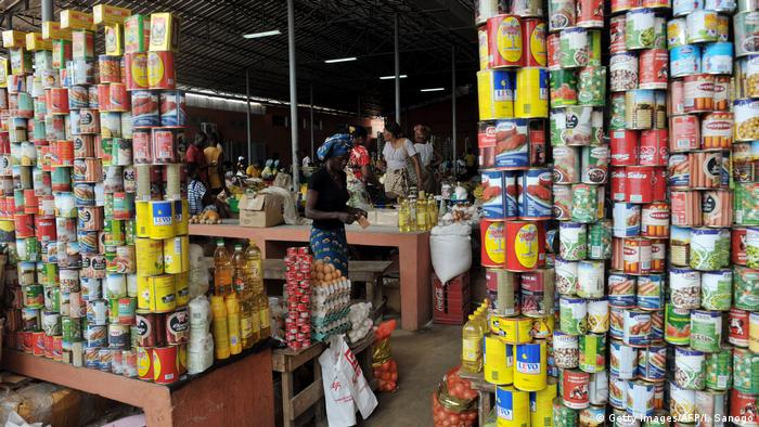 A market stall in Cabinda