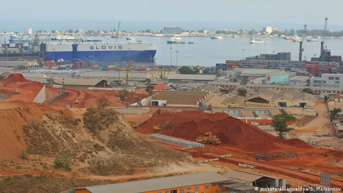 Porto de Luanda, na capital angolana