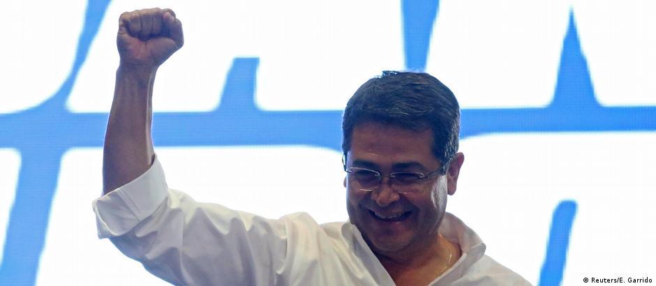 Hernández (foto) obteve 42,95% dos votos, contra 41,24% do candidato da oposição, Salvador Nasralla