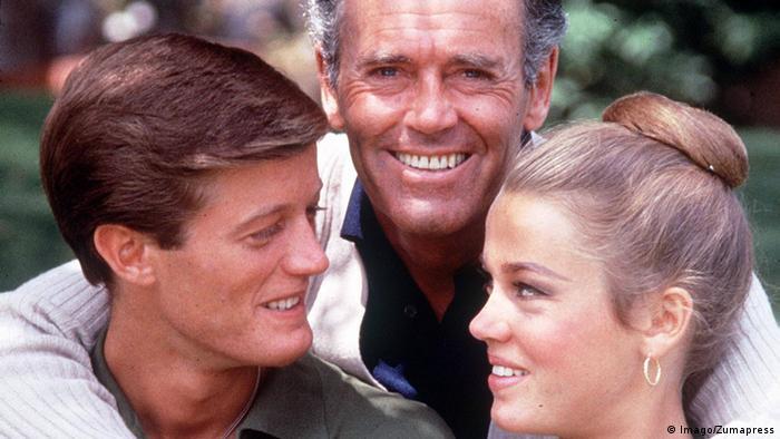 From left to right: Peter Fonda, Henry Fonda and Jane Fonda (Imago/Zumapress)