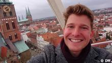 Bildbeschreibung: Check-in 23.12.2017. Aufgenommen von DW Schlagworte: Check-in, Lukas Stege, Lübeck, Shortcut