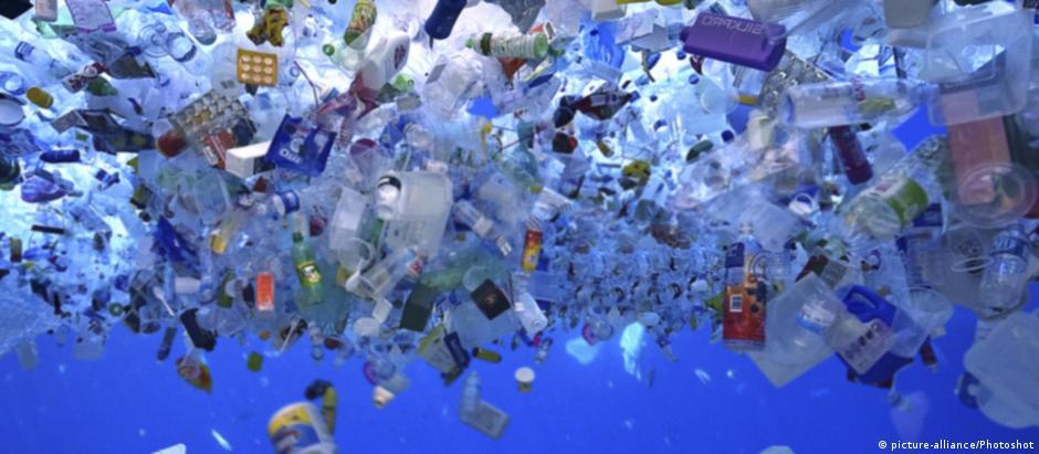 UE argumentou que 80% do lixo nos oceanos é composto de produtos de plástico