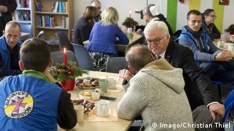 Berlin Präsident Steinmeier besucht Bahnhofsmission