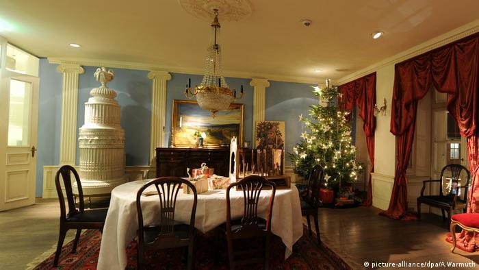 Weihnachten bei Buddenbrooks (picture-alliance/dpa/A.Warmuth)