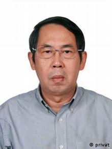 China Professor Shi Yinhong (privat)