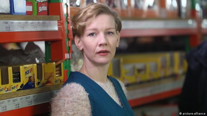 German actress Sandra Hueller in Thomas Stuber's new film In den Gängen (picture-alliance)