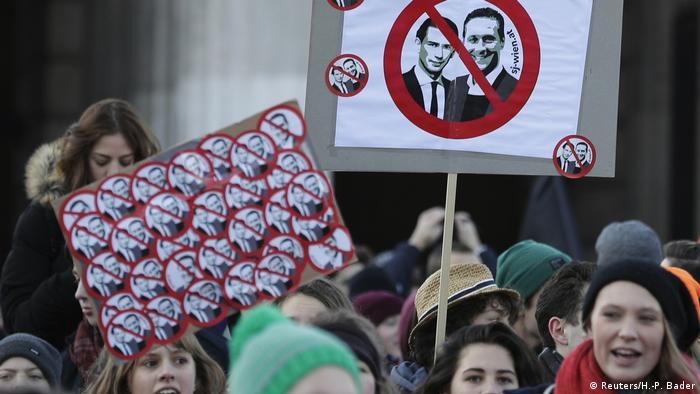 Österreich Wien Protest gegen neue Regierung (Reuters/H.-P. Bader)