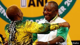 Südafrika Cyril Ramaphosa, neuer Präsident ANC (Reuters/S. Sibeko)