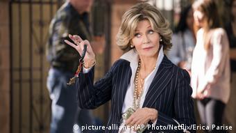 Netflix Grace and Frankie - Jane Fonda (picture-alliance/AP Photo/Netflix/Erica Parise)