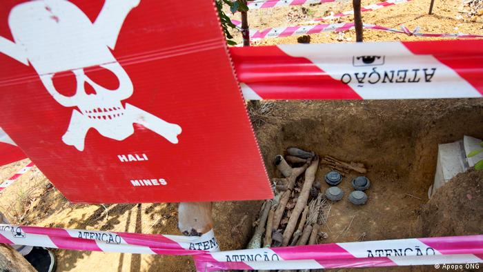 Angola, Achtung Landmine