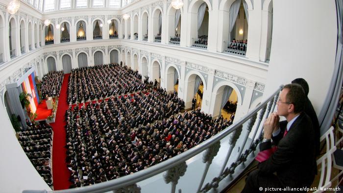 Deutschland Hamburg Versammlung eines Ehrbaren Kaufmanns 2009