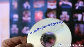 DVDE disc with the German word for child pornography handwritten on it