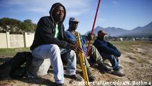Afrika junge Männer arbeitslos