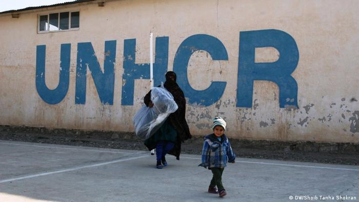 Afghansitan UNHCR startet Winterhilfe für Vertriebene im Westen