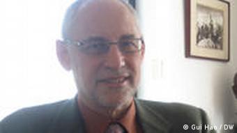 Andrew James Nathan Politikwissenschaftler (Gui Hao / DW)